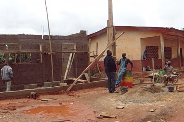 Construction of a new classroom for the Foto Division
